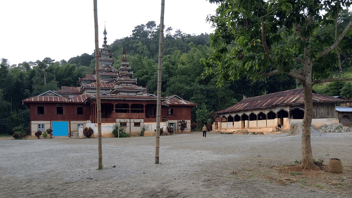 Übernachtung in einem burmesischen Kloster