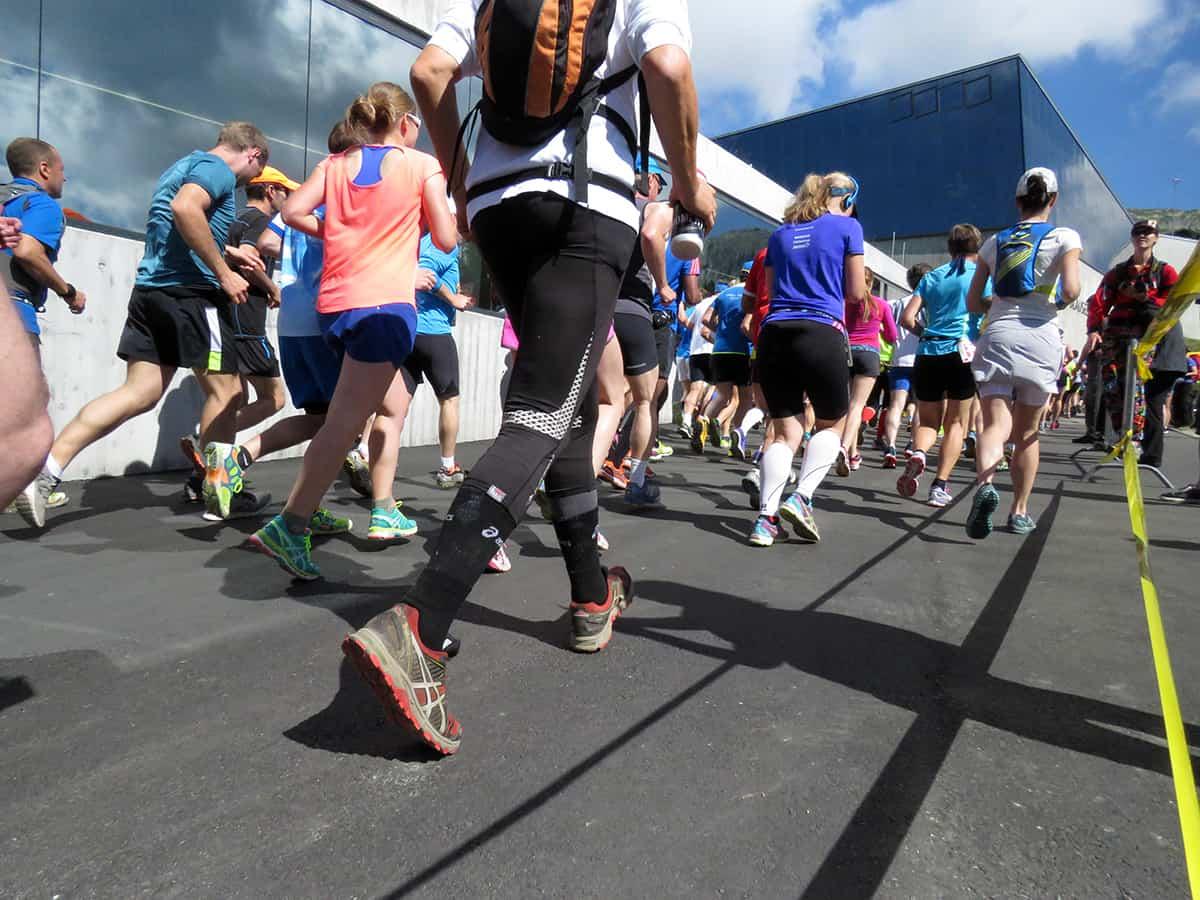 Laufen im Sommer und bei Hitze bei einer Laufveranstaltung
