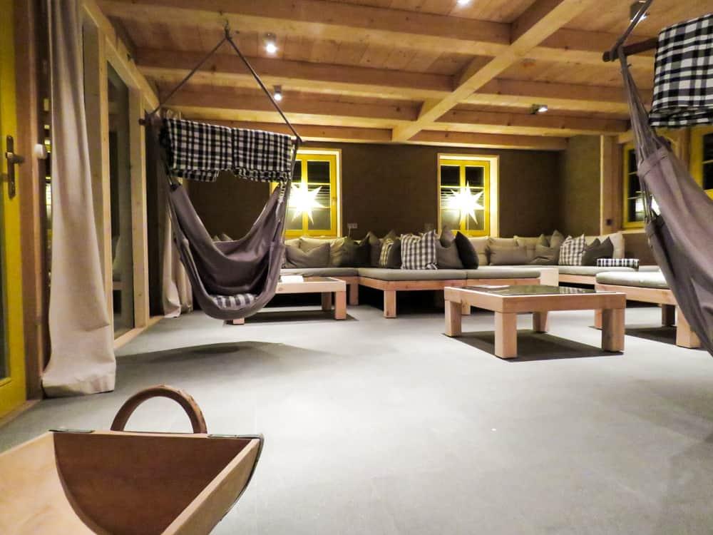 Lounge im Schmilk'schen Badehaus