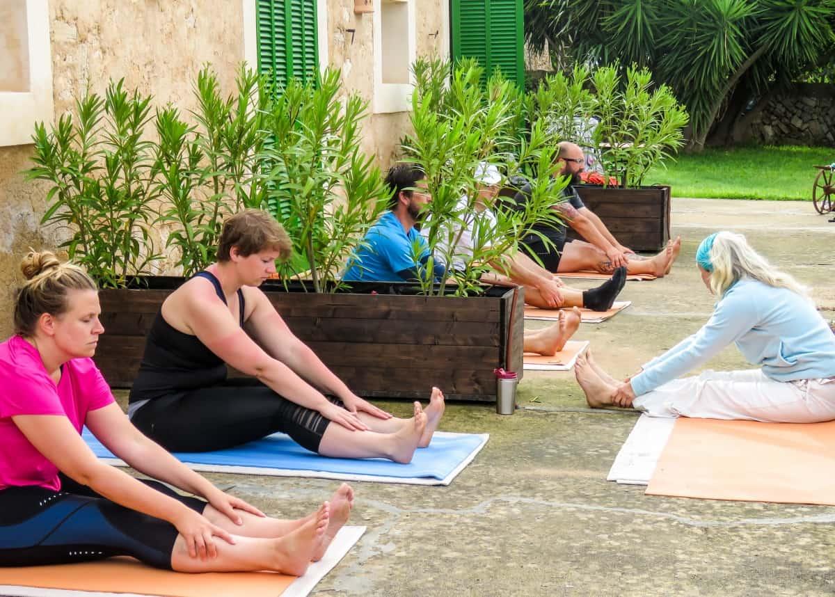 gogirlrun-lazy-finca-mallorca-yoga-morgen