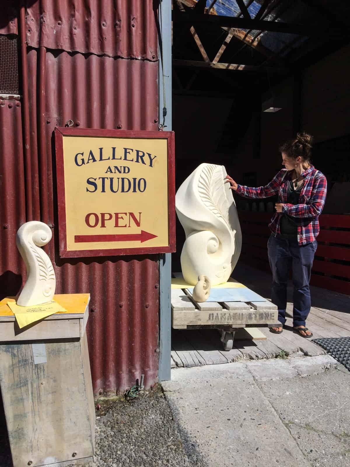 Susan verliebte sich in die Limestone-Arbeiten von Ian Anderson