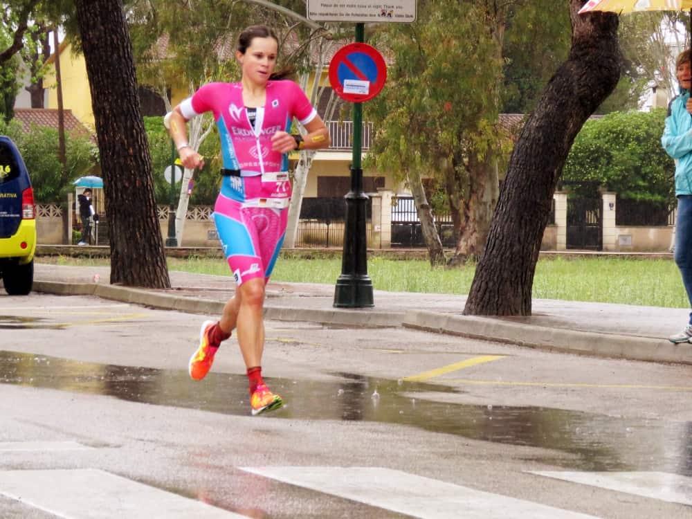 Natascha Schmitt beim Laufen