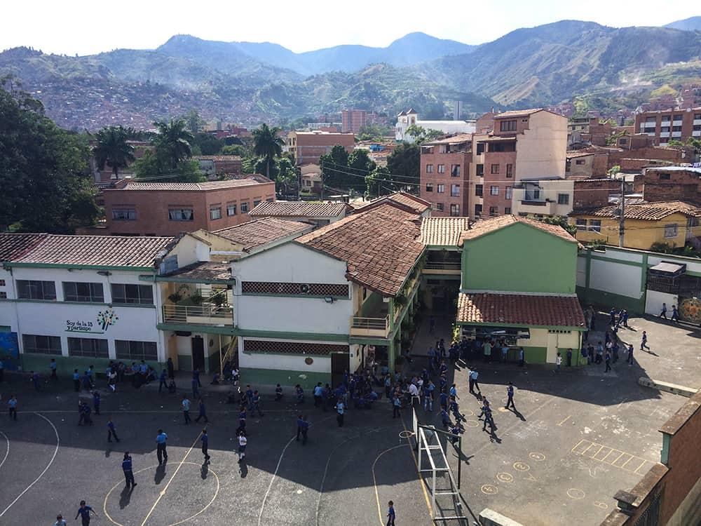 Schule Comuna 13