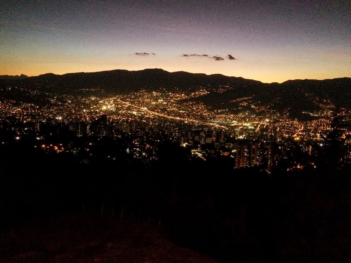 Medellín im Sonnenuntergang