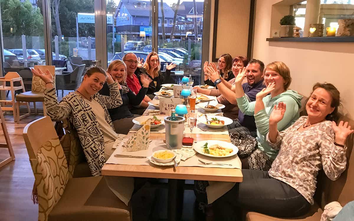 Gruppenbild zur Pasta-Party