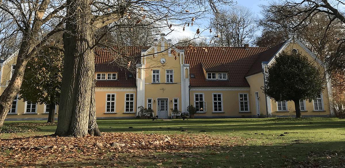 Gutshaus Ehmkendorf im Herbst